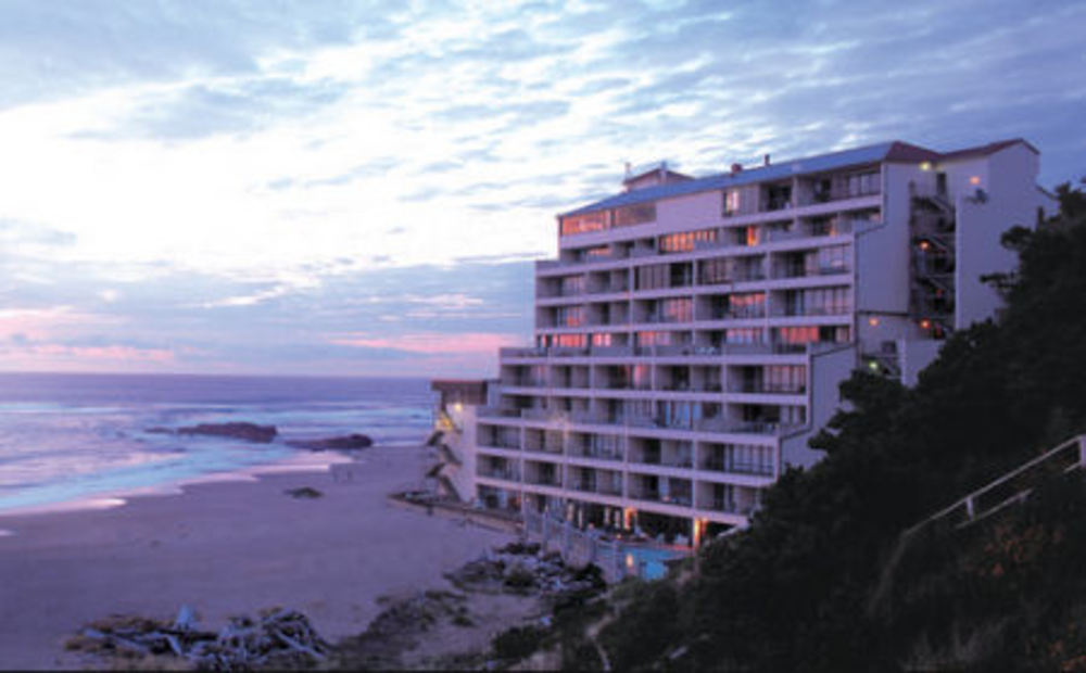 Bid For a $25 Certificate Valid for Lodging at the Inn at Spanish Head in Lincoln City, Oregon!