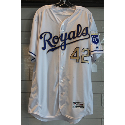 """Photo of Peter Moylan Game-Used """"42"""" Jersey 4/15/17 (Size 48)"""