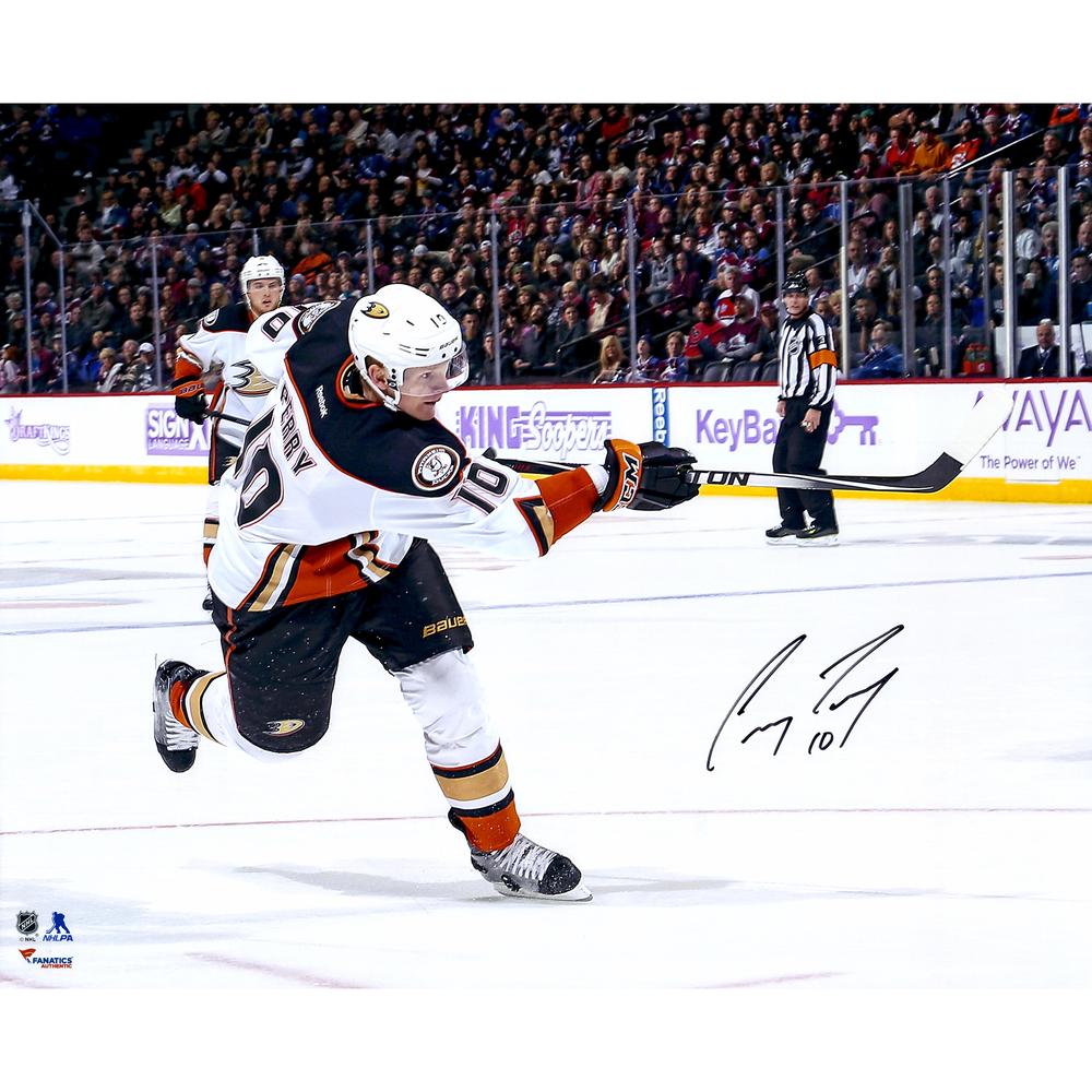 Corey Perry Anaheim Ducks Autographed 16