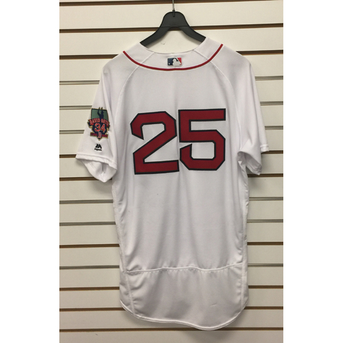 Photo of Jackie Bradley Jr Game-Used October 2, 2016 Home Jersey with David Ortiz Final Season Patch