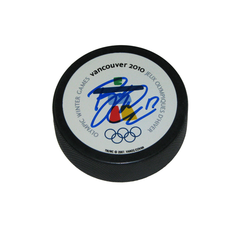 RYAN KESLER Signed 2010 Olympics Hockey Puck
