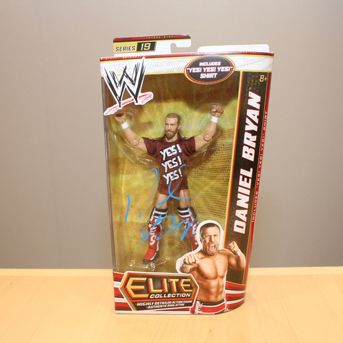 Daniel Bryan SIGNED Elite Series 19 Action Figure