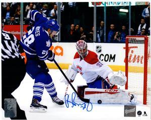 Brad Boyes - Signed 8x10 Toronto Maple Leafs Blue Shooting vs Price Photo