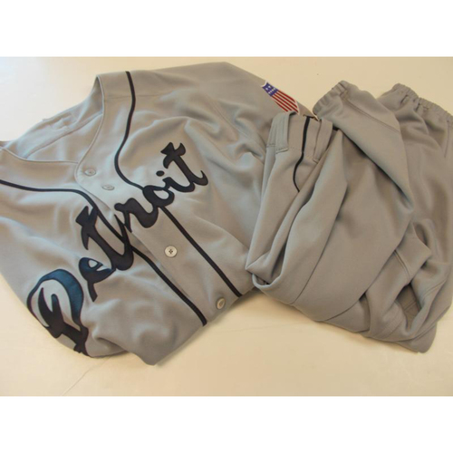 Photo of Game-Used Turn Back The Clock Naftali Feliz Jersey and Pants