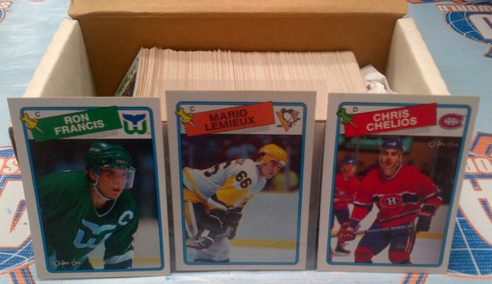 1988-89 OPC Partial Starter Set *OVER 200 NEAR MINT HOCKEY CARDS* *LEMIEUX, FRANCIS, CHELIOS, ETC*