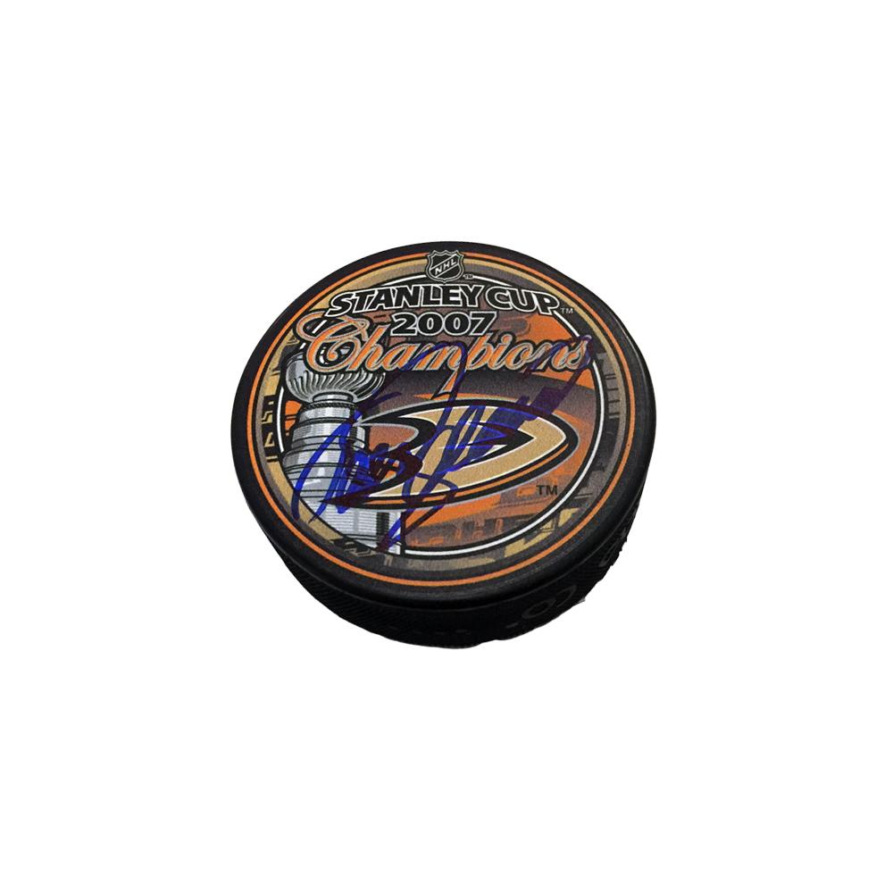TEEMU SELANNE Signed 2007 Stanley Cup Champions Puck - Anaheim Ducks