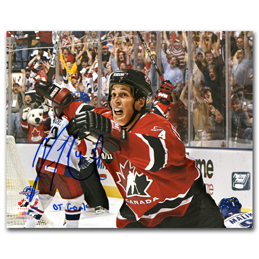Vincent Lecavalier Autographed Team Canada 2004 World Cup 8X10 Photo w/OT GOAL Inscription (Philadelphia Flyers)