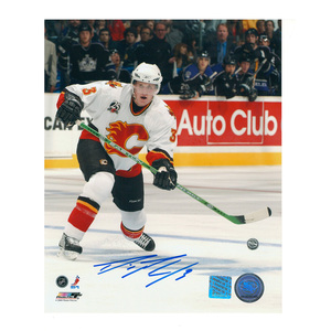 DION PHANEUF Signed Calgary Flames 8 X 10 Photo - 70302