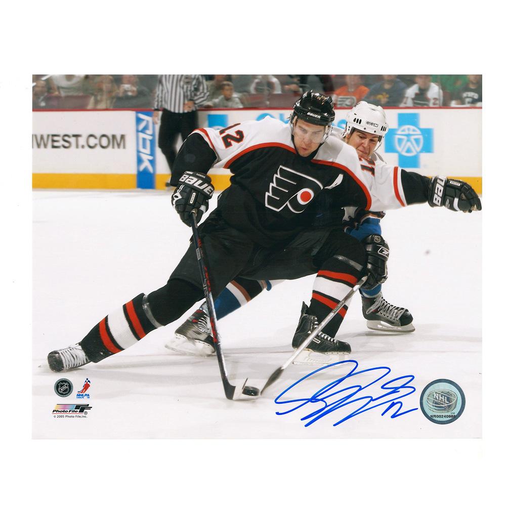 SIMON GAGNE Signed Philadelphia Flyers 8 X 10 Photo - 70307