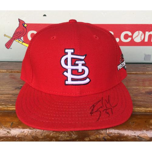 Photo of Cardinals Authentics: Brandon Moss Home Red Autograph 2015 Postseason Cap