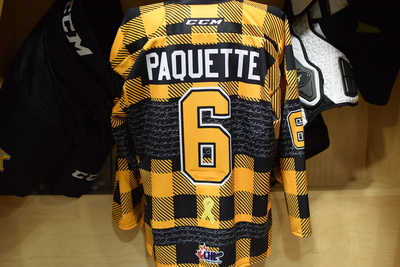 #6 Jacob Paquette Game Issued Kingston Frontenacs Hockey Fights Cancer Plaid Jersey