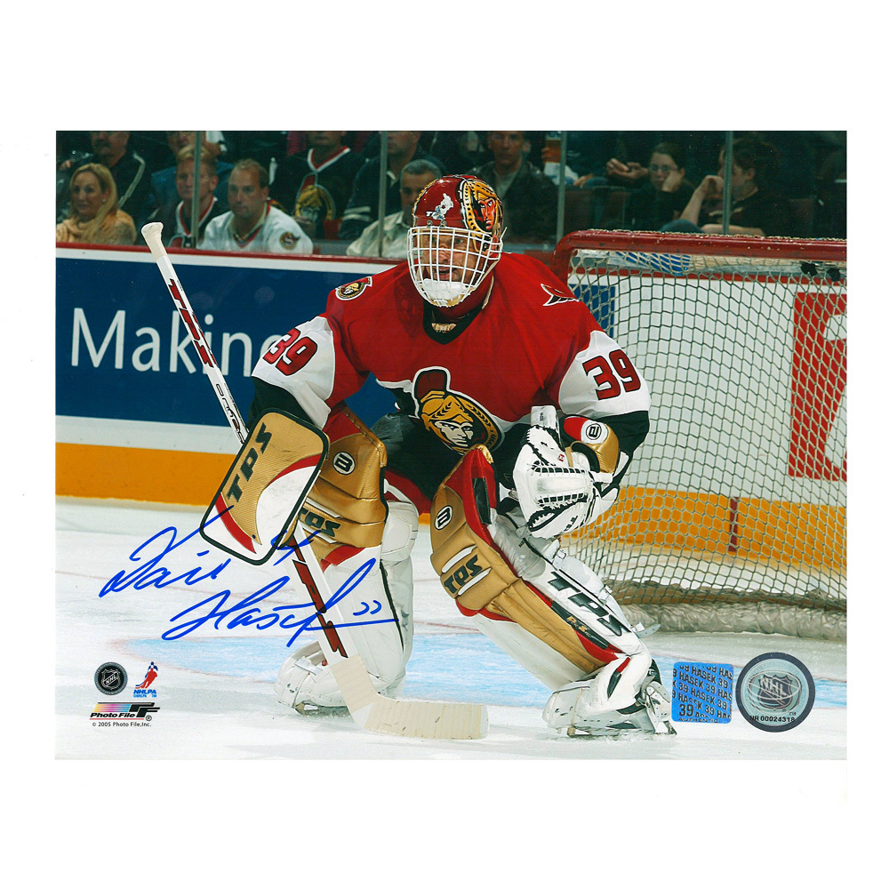 DOMINIK HASEK Signed Ottawa Senators 8 X 10 Photo - 70319