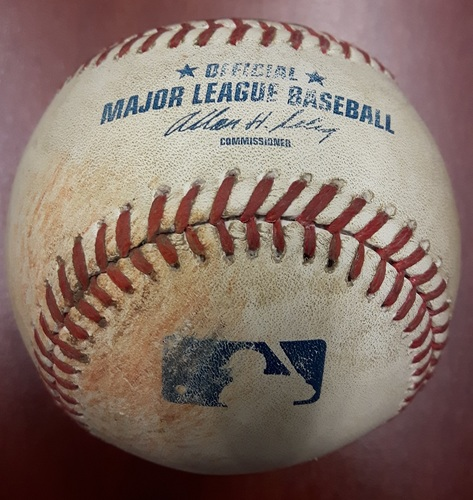 Photo of Authenticated Game Used Baseball - Mariano Rivera's Final Career Save Game (September 18, 2013). Save #652. All-Time Saves Leader.