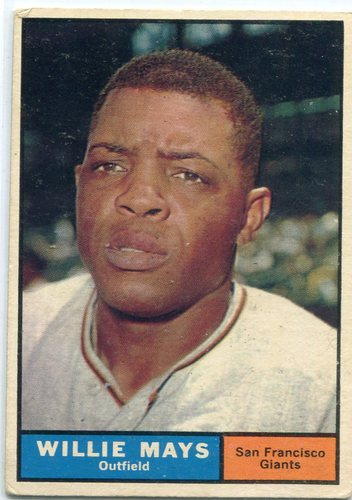 Photo of 1961 Topps #150 Willie Mays -- Giants Hall of Famer