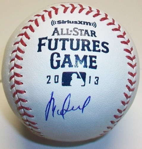 Photo of Rafael de Paula Autographed 2013 Future's Game Baseball