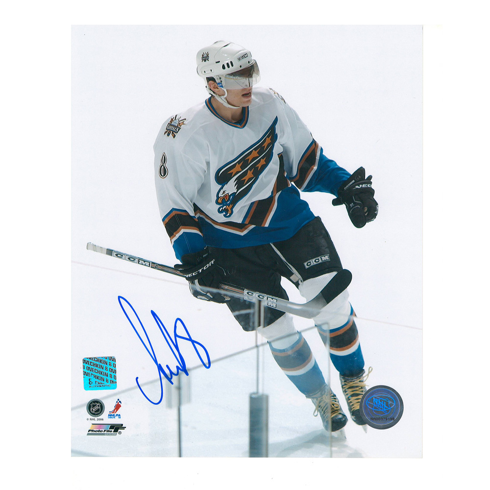 ALEXANDER OVECHKIN Signed 8 X 10 Washington Capitals Photo - 70342
