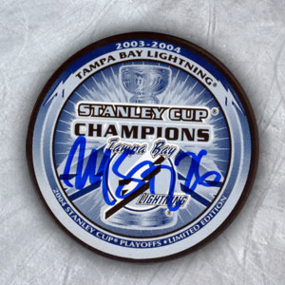 MARTIN St. Louis TB Lightning SIGNED 04 Stanley Cup Puck