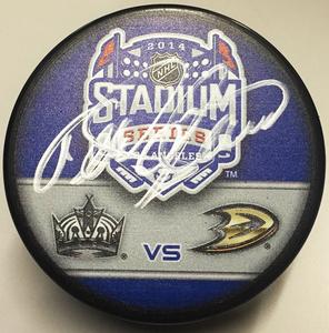 TEEMU SELANNE Signed Stadium Series 2014 Puck - Anaheim Ducks *Exact Puck Shown