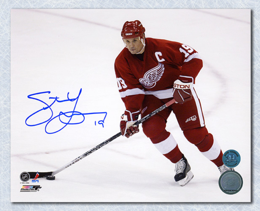 Steve Yzerman Detroit Red Wings Autographed Horizontal Action 8x10 Photo