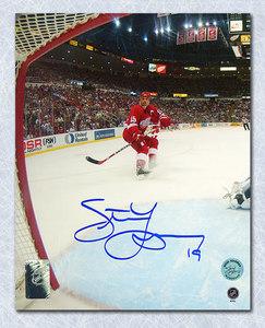 Steve Yzerman Detroit Red Wings Autographed Net Cam 8x10 Photo