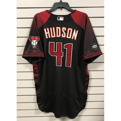 Photo of Daniel Hudson Game-Used and Autographed 2016 Los D-backs Jersey