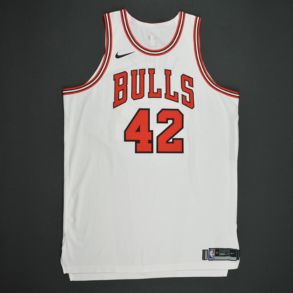 Robin Lopez - Chicago Bulls - Kia NBA Tip-Off 2017 - Game-Worn Jersey