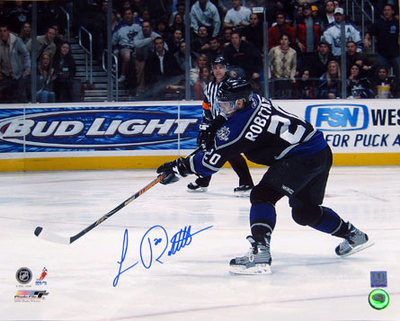 LUC ROBITAILLE Los Angeles Kings SIGNED 16x20 Photo