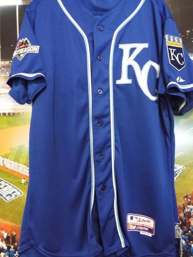 Photo of Club Issued Kelvin Herrera Blue 2015 Postseason Jersey