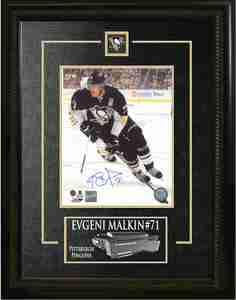 Evgeni Malkin - Signed & Framed 8x10 Etched Mat - Pittsburgh Penguins Black Skating