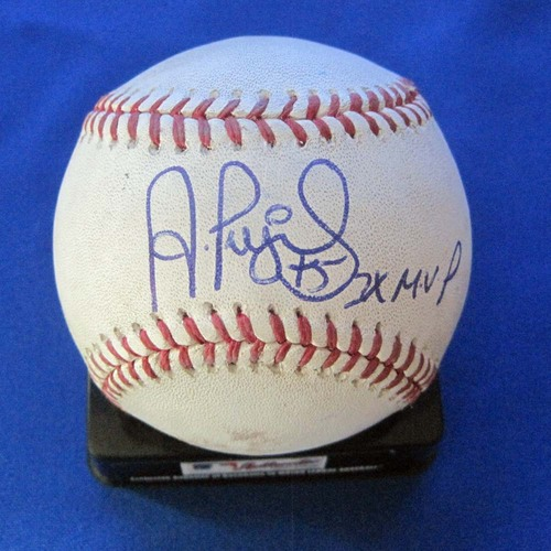 Photo of UMPS CARE AUCTION: Albert Pujols Signed Baseball from Historic 500th Homer Game