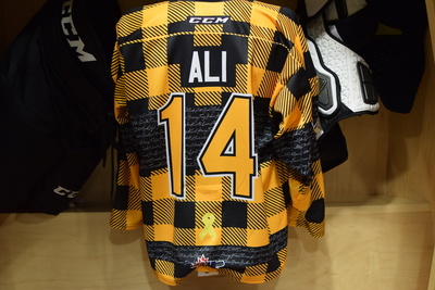 #14 Conor Ali Game Issued Kingston Frontenacs Hockey Fights Cancer Plaid Jersey