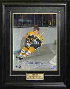 Bobby Orr - Signed & Framed 11x14 Behind the Net - Limited Edition of 144
