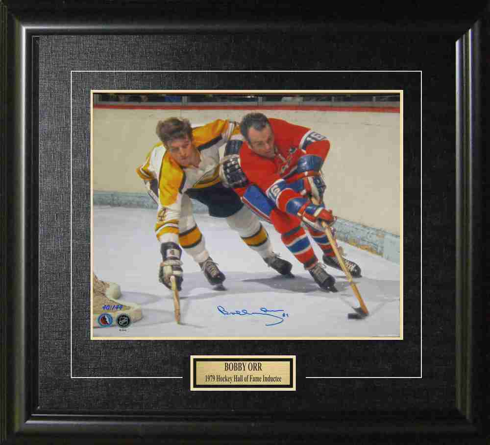 Bobby Orr - Signed & Framed Limited Edition 16x20