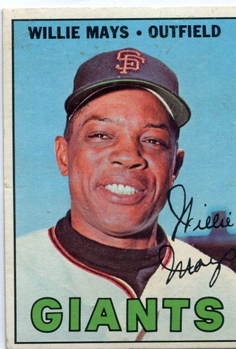 Photo of 1967 Topps #200 Willie Mays -- Giants Hall of Famer