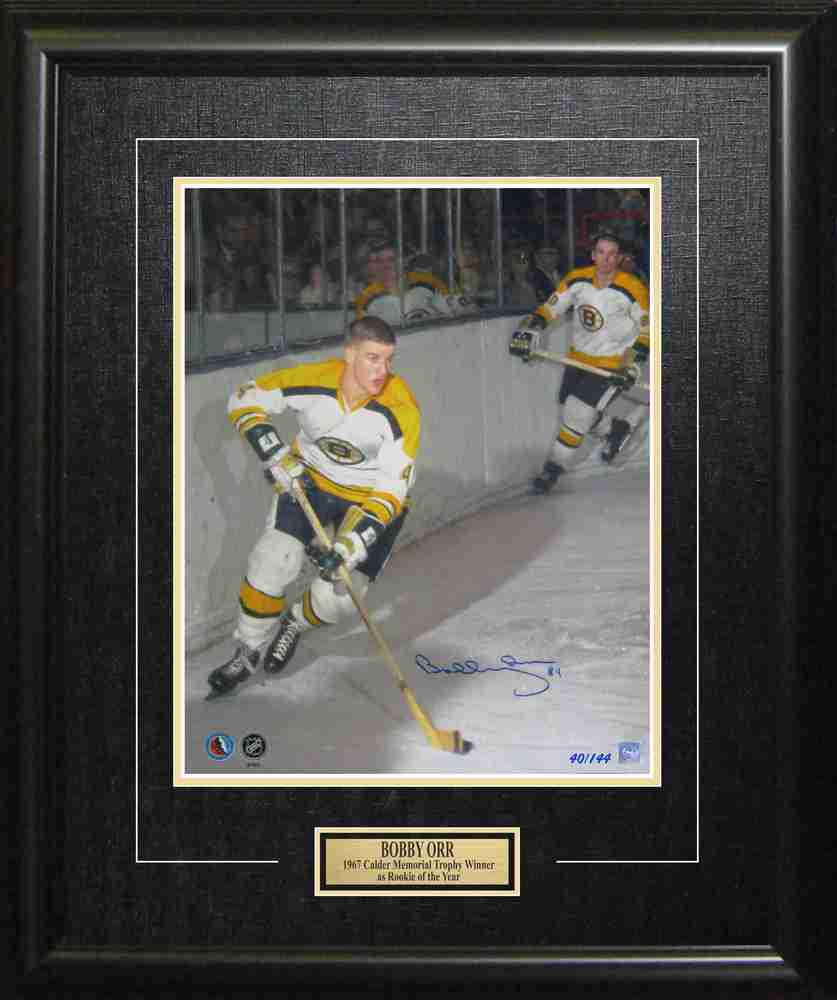Limited Edition Bobby Orr Signed Framed 16x20