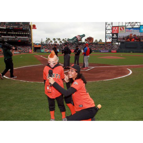 Photo of Giants Wives Auction: 3/30/2017 Giants Play Ball Kid Experience