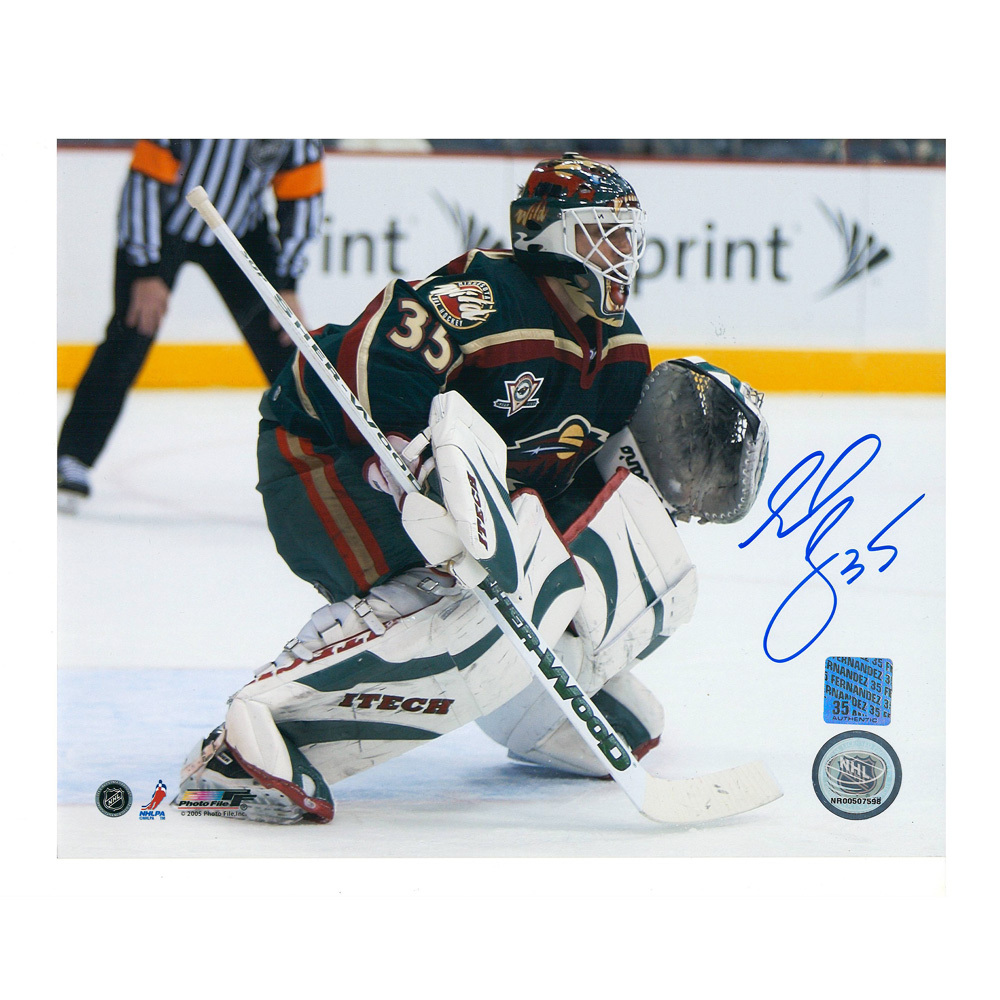 MANNY FERNANDEZ Signed Minnesota Wild 8 X 10 Photo - 70399