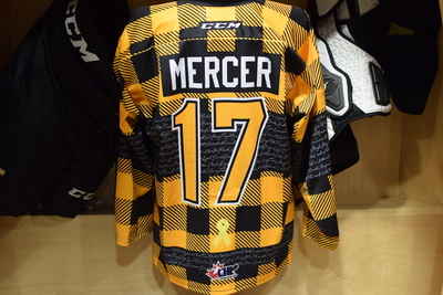 #17 Kallaway Mercer Game Issued Kingston Frontenacs Hockey Fights Cancer Plaid Jersey