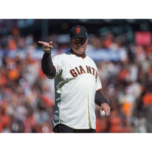 Photo of Giants KNBR Auction: Watch the Game with Will Clark