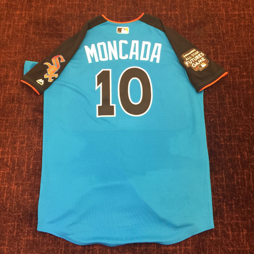 Photo of 2017 All-Star Futures Game Auction: Yoan Moncada Batting Practice Used Top