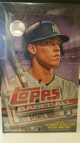 Photo of 2017 Topps Updates Baseball Hobby Box