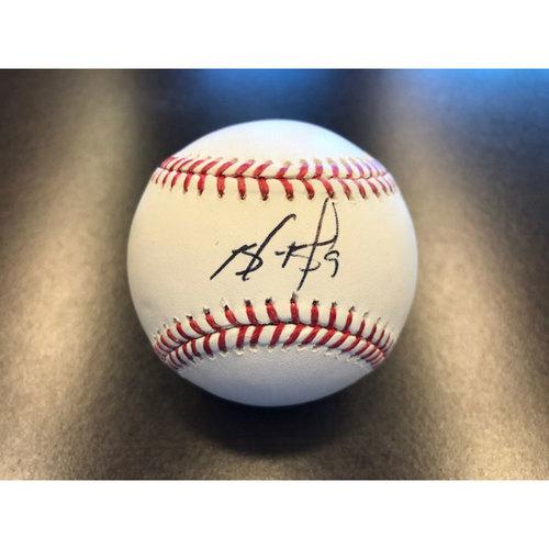 Photo of Giants Community Fund: Brandon Belt Autographed Baseball