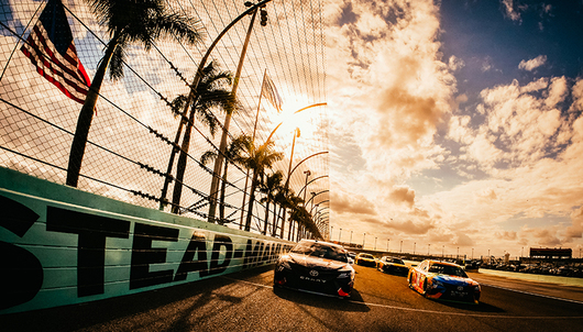 NASCAR FORD ECOBOOST 400 RACE AT HOMESTEAD-MIAMI SPEEDWAY (VIP BEACH ACCESS PASSES...