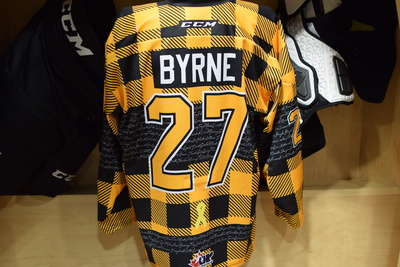 #27 Mitchell Byrne Kingston Frontenacs Game Issued Hockey Fights Cancer Plaid Jersey