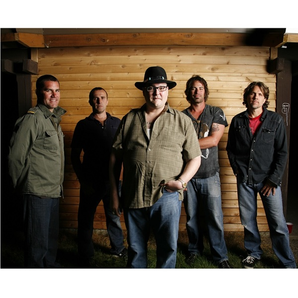 Click to view Harmonica Jam Session with John Popper & Lunch with Blues Traveler.