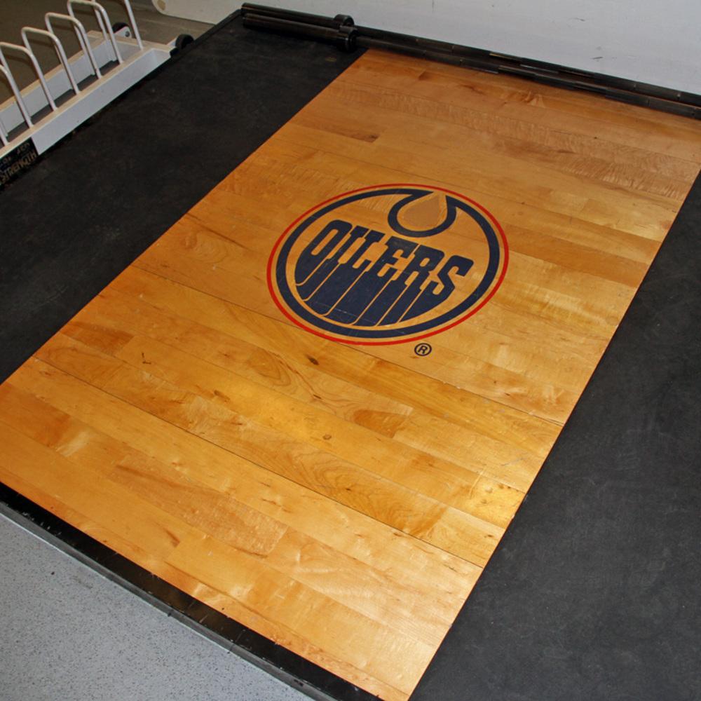 Oilers Locker Room Auction