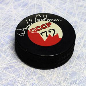 Wayne Cashman Team Canada Autographed 1972 Summit Series Canada/CCCP Puck