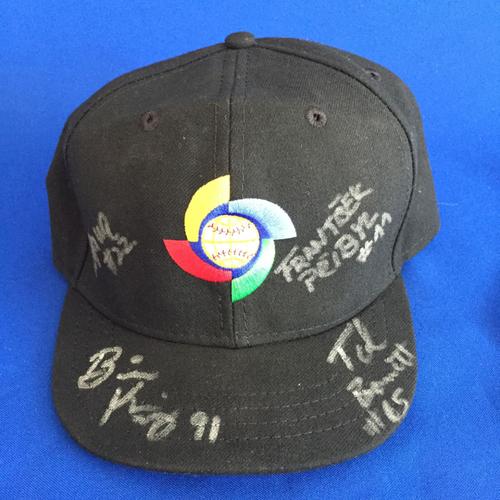 Photo of UMPS CARE AUCTION: 2017 World Baseball Crew Signed Hat (Korea)