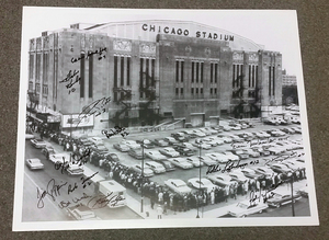 Chicago Blackhawks Multi-Signed Chicago Stadium 16x20 Photo *13 Signatures* *Pilote, Nesterenko, Litzenberger, Dejordy, etc*