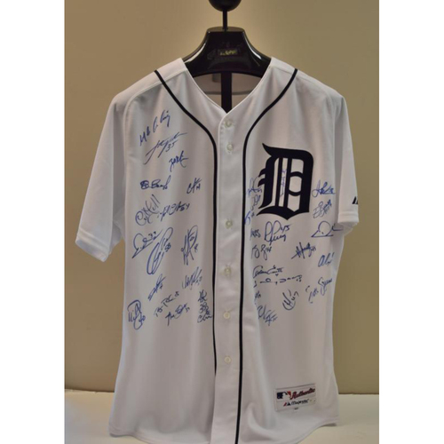 Photo of 2010 Detroit Tigers Team Signed Jersey